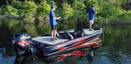 Triton bass boat 20SE